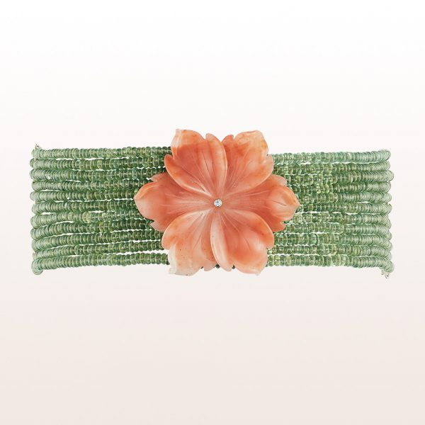 Necklace de Chien with orang agate-blossom, green apatite and brilliant cut diamonds 0,03ct in 18kt white gold