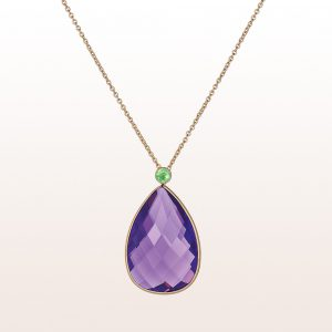 Necklace with amethyst-drops 26,63ct and tsavorite 0,28ct in 18kt yellow gold