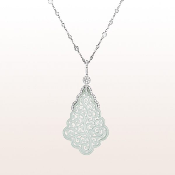 Pendant with white jade and brilliant cut diamonds 1,74ct on a necklace with brilliant cut diamonds 1,20ct in 18kt white gold
