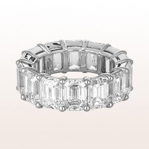 Ring mit Emerald cut Diamanten 14,74ct in Platin