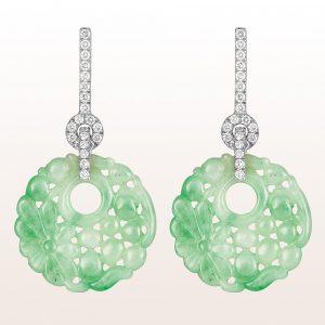 Ohrgehänge mit grüner Jade und Brillanten 0,56ct in 18kt Weißgold