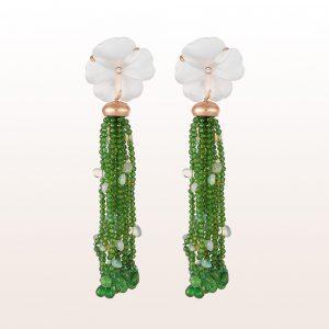 Ohrgehänge mit Bergkristallblüten, Diopsid, Tsavorit, Opalen und Brillanten 0,05ct in 18kt Roségold