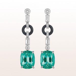 Ohrgehänge mit grünen Turmalinen 10,12ct, Onyx und Diamanten 0,91ct in 18kt Weißgold