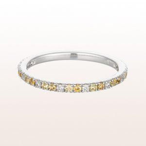 Ring mit gelben Saphiren und Diamanten in 18kt Weißgold