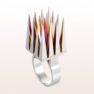 Ring mit synthetischem Rubin in 18kt Weißgold von Designerin Eva Schlegel