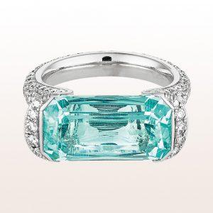 Ring mit Aquamarin 8,24ct und Diamanten 2,08ct in 18kt Weißgold