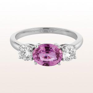 Ring mit violettem Saphir 1,60ct und Brillanten 0,65ct in 18kt Weißgold