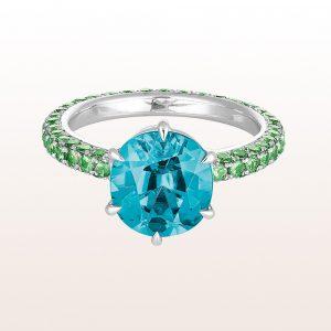 Ring mit blauem Zirkon 5,31ct und Tsavorit 2,11ct in 18kt Weißgold