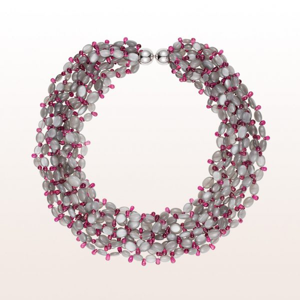 Necklace with grey moonstone and rubellite and an 18kt white gold clasp