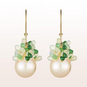 Ohrgehänge mit barocken Zuchtperlen, Tsavorit und Opal auf 18kt Gelbgold Haken