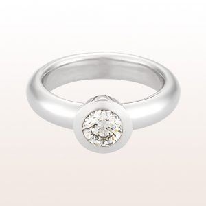 Ring mit Brillant 0,71ct in 18kt Weißgold