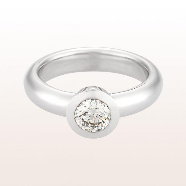 Ring mit Brillant 0,71ct in 18kt Weißgold
