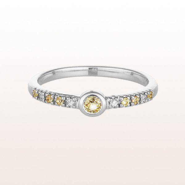 Ring mit gelben Saphiren 0,19ct und Brillanten 0,04ct in 18kt Weißgold