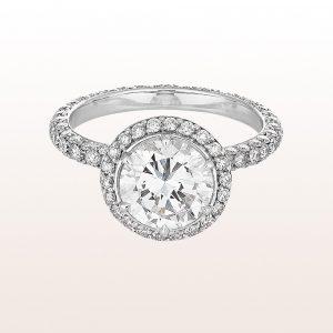 Ring mit einem Brillant 1,94ct und Brillanten 1,25ct in 18kt Weißgold