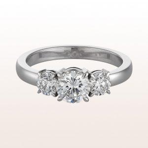 Ring mit Brillant 0,65ct und Brillanten 0,67ct in 18kt Weißgold