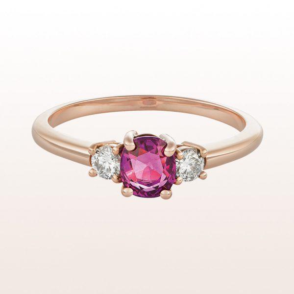 Ring mit rosa Saphir 0,87ct und Brillanten 0,18ct in 18kt Roségold