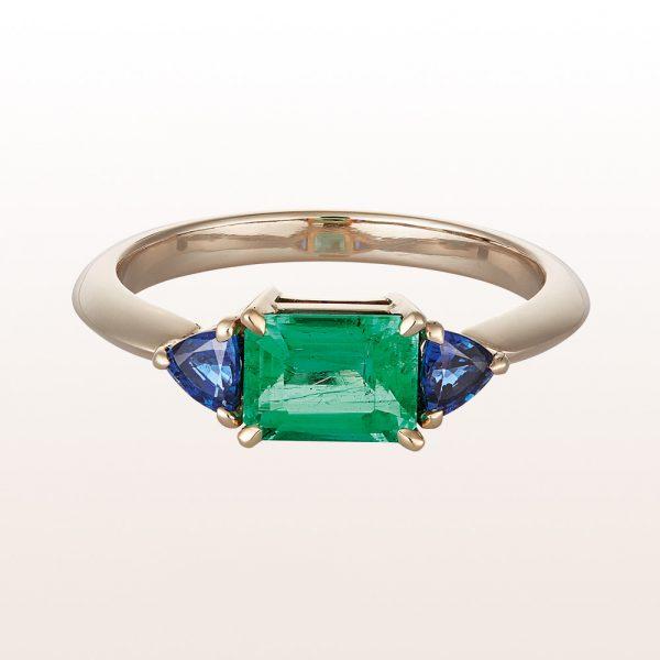 Ring mit Smaragd 1,01ct und Saphire 0,43ct in unrhodiniertem 18kt Weißgold