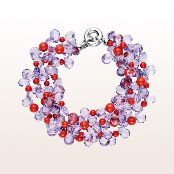 Bracelet with amethyst, coral and a silver clasp