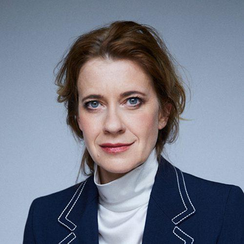 Caroline Peters