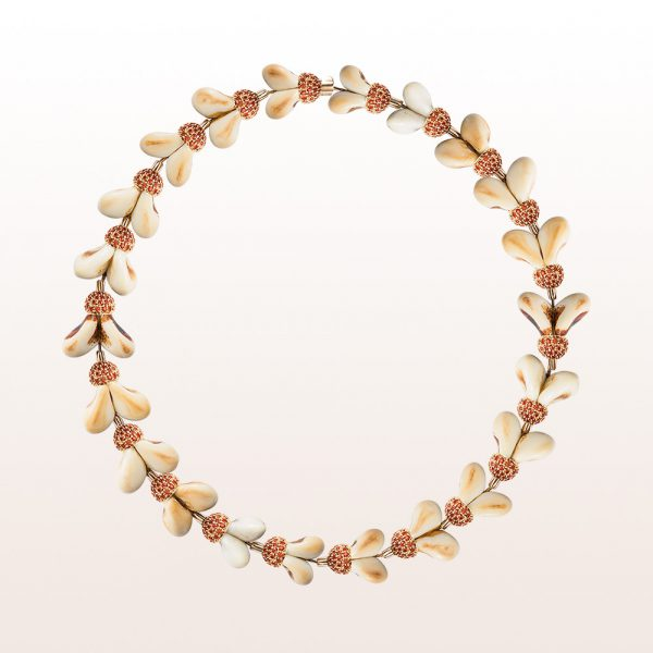 Necklace with grandln and orange sapphire in 18kt yellow gold