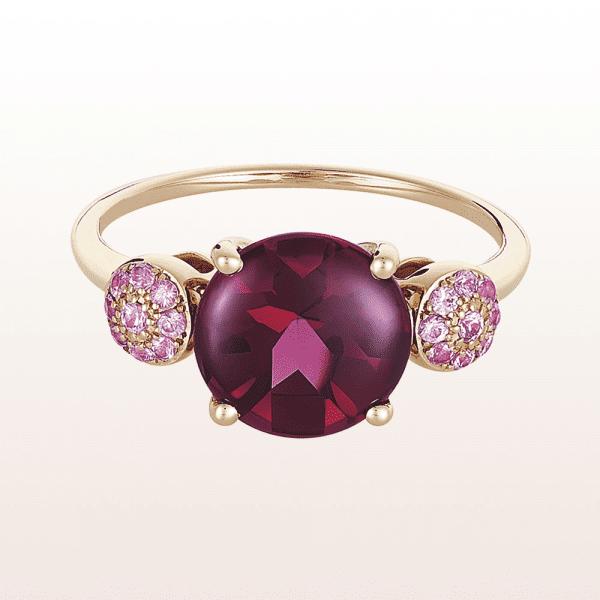 Ring mit RhodolithCabouchon und rosa Saphir in 18kt Roségold