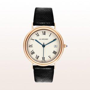 Köchert Uhr aus 18kt Roségold mit crémefarbenem Ziffernblatt, blauen Zeigern, Saphirkrone und schwarzem Eidechsen-Uhrband