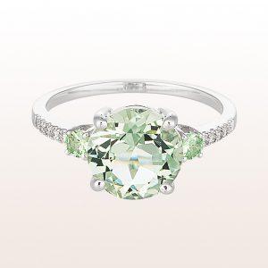 Ring mit grünem Quarz, Tsavorit und Brillanten 0,05ct in 18kt Weißgold