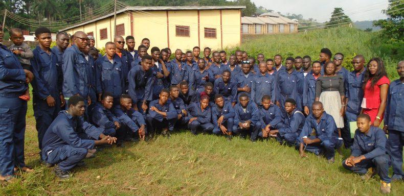 Hilfsprojekt Berufsschule in Nigeria Enugu